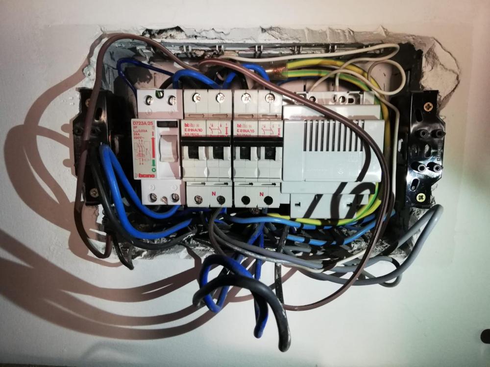 riparazioni elettriche andrea gelli livorno